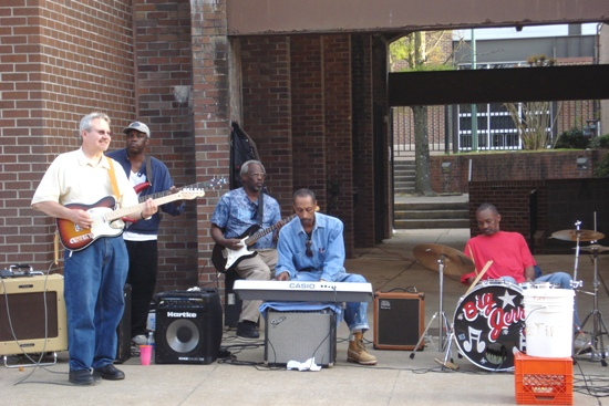 Musicians on Beale