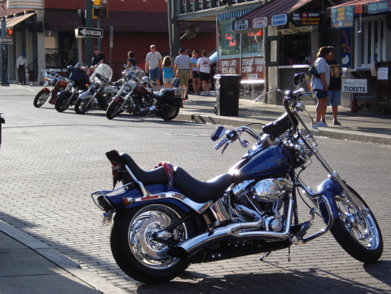 Harleys on Beale