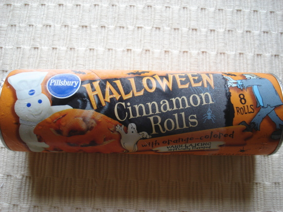 Halloween cinnamon rolls