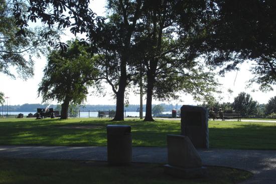 Confederate Park