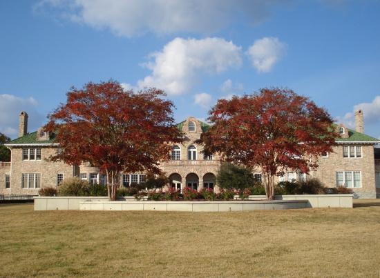 Pink Palace Museum