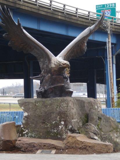 Bald Eagle statue