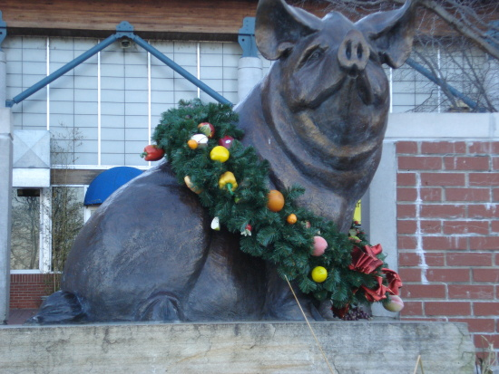 The River Market Pig