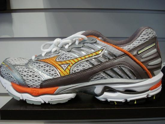 Women's Mizuno Wave Nirvana 5 Running Shoe