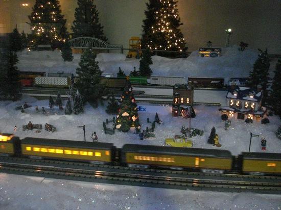 model train track