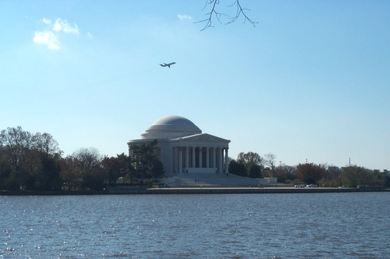 View of Thomas Jefferson Memorial
